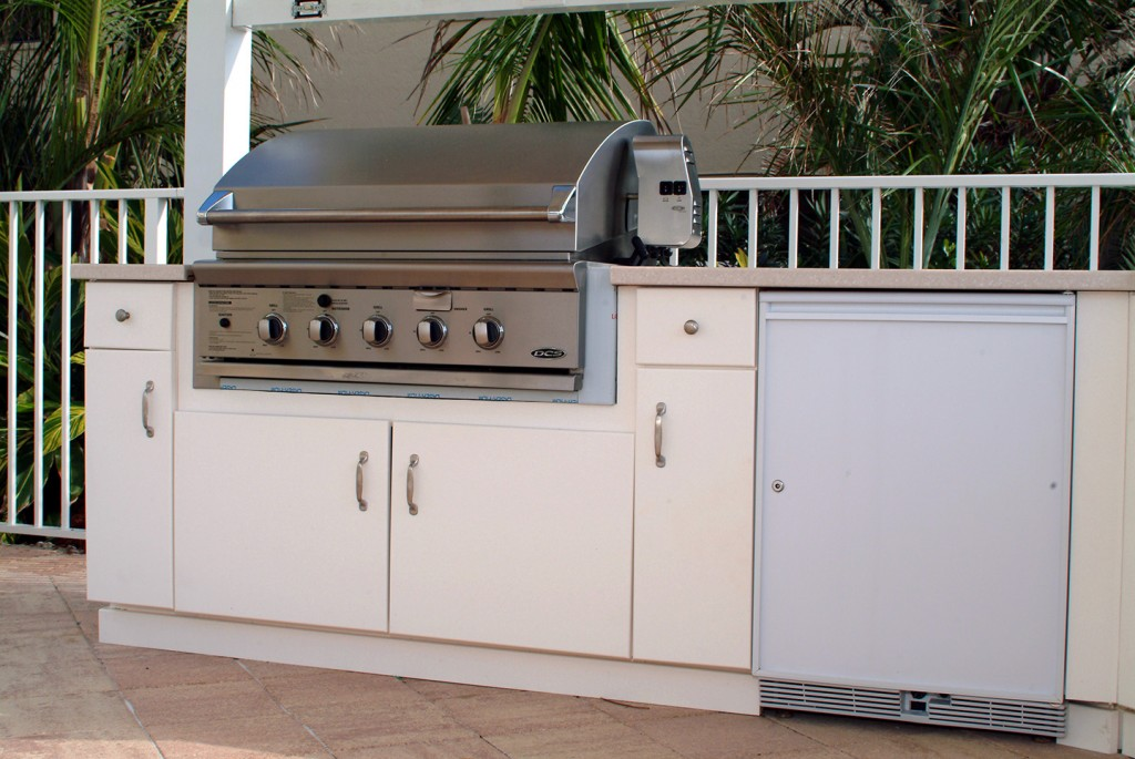 King starboard st king plastic corporation for Outdoor kitchen cabinets