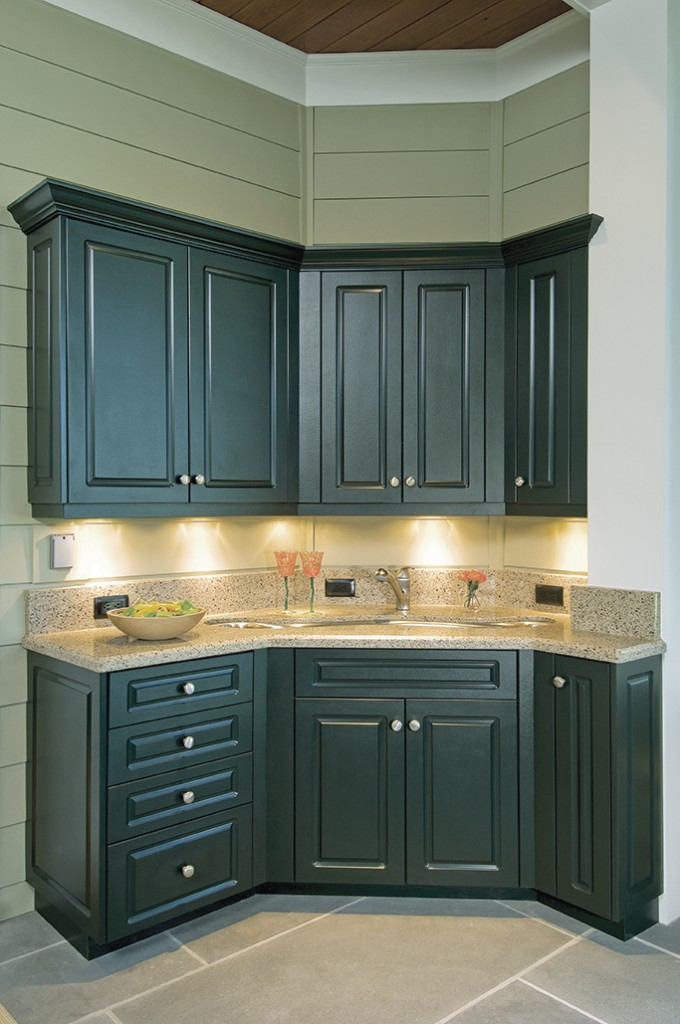 Exceptionnel King DuraStyle® Custom Cabinet Door Program   Camden Style Door And Drawer  In Evergreen