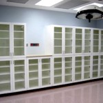 Hospital Operating Room Cabinets in White/White